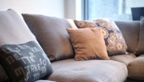 Be Pure Meubels : Meubels stoelen woonkamer design woonkamer meubelen larridon
