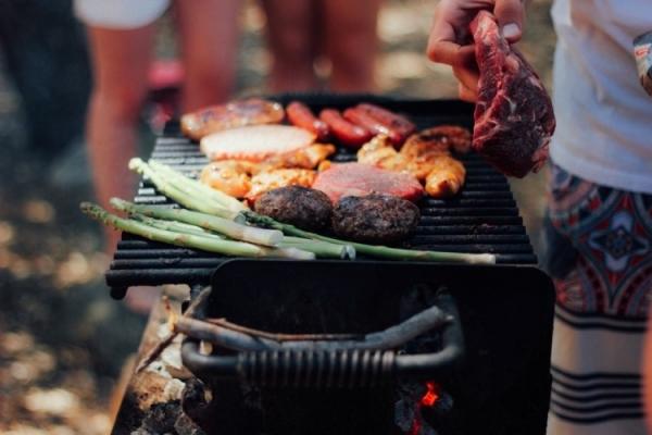 Weber Bbq Aanbieding Intratuin.Intratuin Barbecue Kopen Met Sale Korting Bekijk Uitverkoop